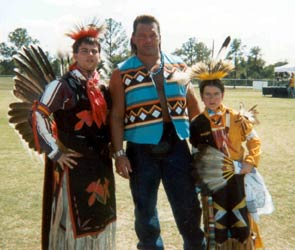 Tatanka with dancers @ PowWow